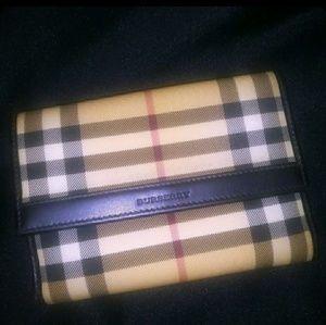 🎉SALE🎉BURBERRY Nova Check Vtg Wallet